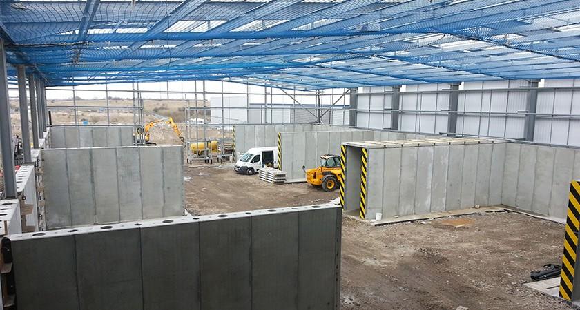 Precast Retaining Wall - Concrete dividing walls