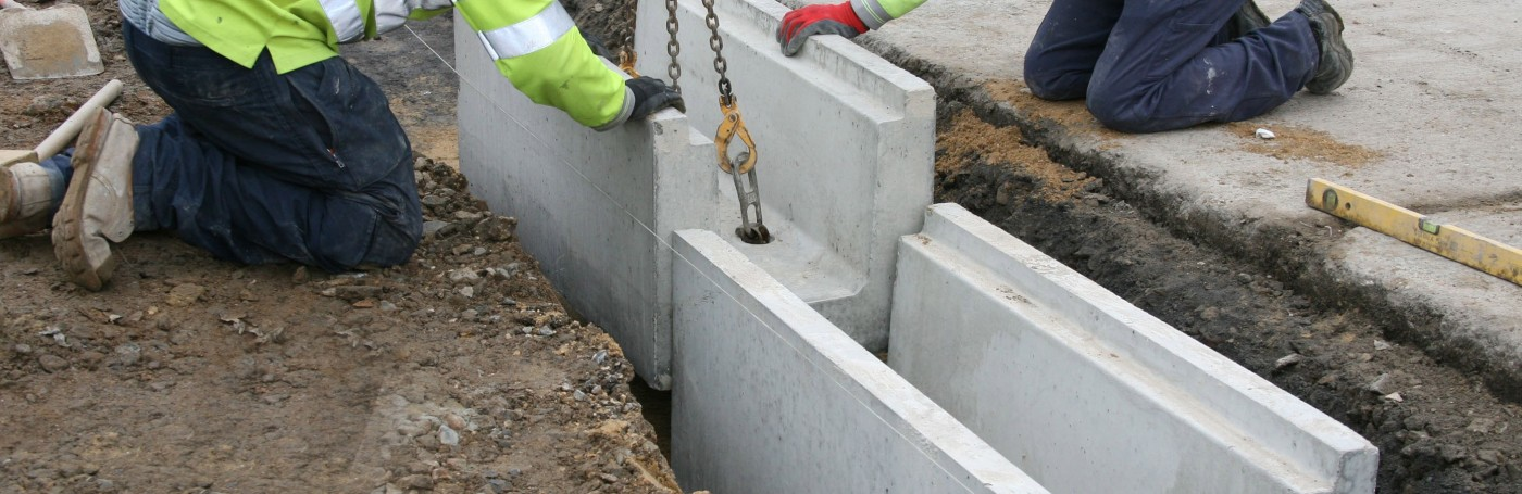 Precast concrete trough