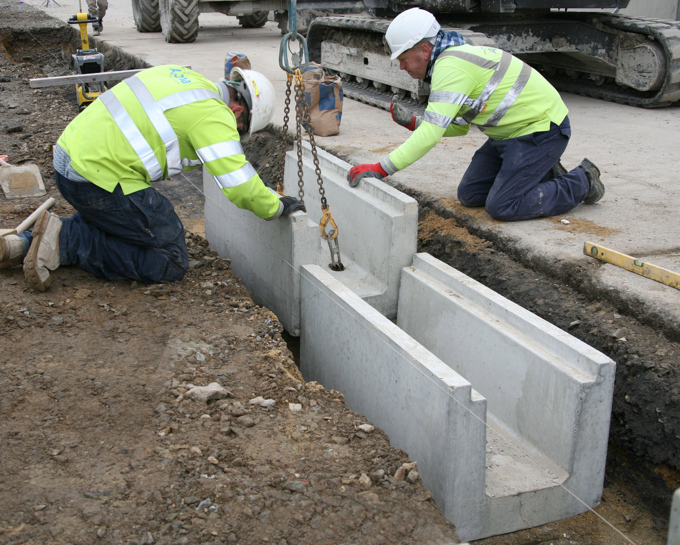 Poundfield Supplies Bespoke Concrete Troughs