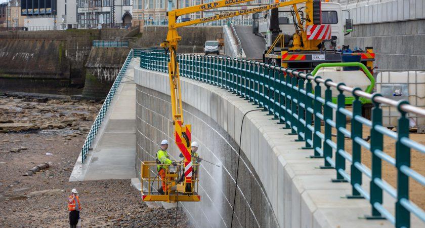 Concrete Sea Defence Walling