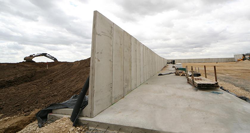 L-Bloc® Retaining Wall